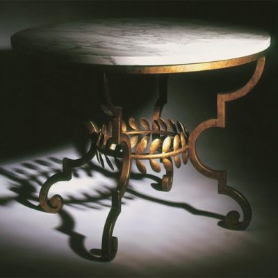 toga-dining-table-moody