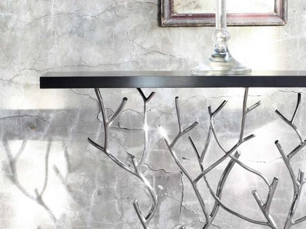 wayside-console-table-detail